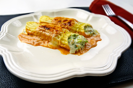 Chicken-Broccoli Ranch-icotti (via patiodaddiobbq.com)