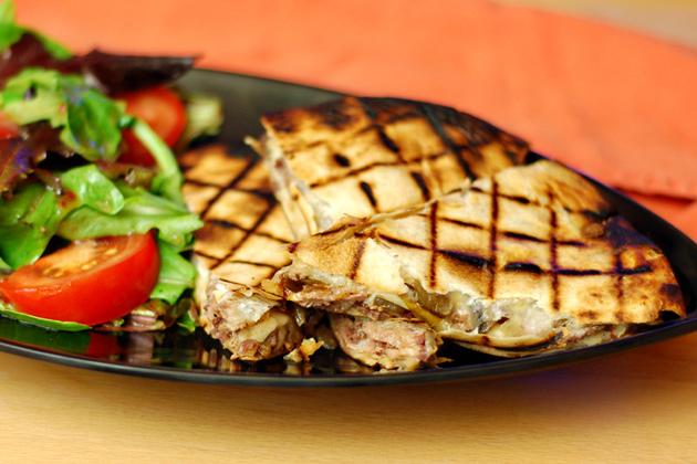 Recipe: Grilled Cheese-Steak Quesadilla (pic) - The BBQ BRETHREN ...