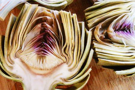 Grilled Artichokes with Garlic-Chive Aioli